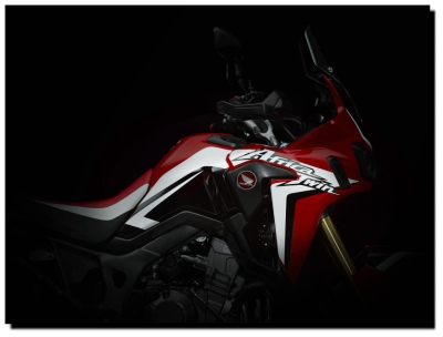 CRF1000L Africa Twin Adventure 2016 005 400