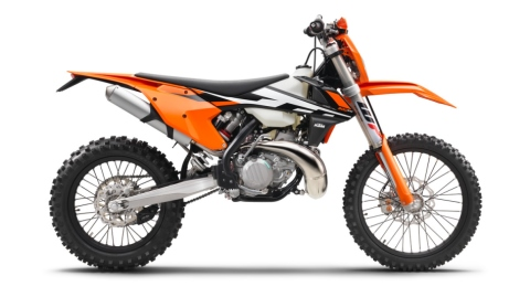 142493 KTM 300 EXC 90de right MY2017 studio 480
