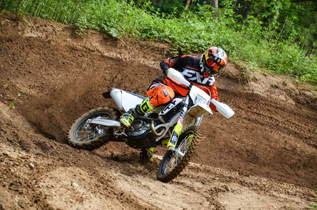 husky fe450 19 action 7 8
