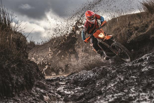 action ktm 300 exc tpi my2019 02