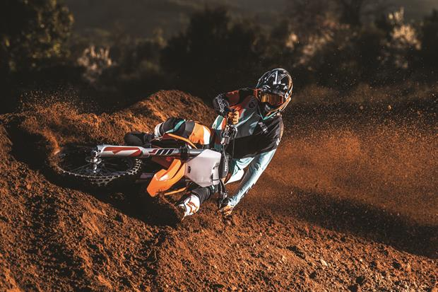 ktm 250 sx f my2019 action 01
