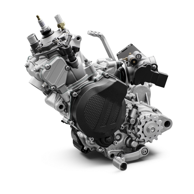 ktm 150 exc tpi my2020 engine left 7